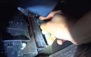 Замена фильтра салона на Лада Ларгус