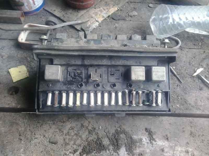 Блок ВАЗ 2105 старого образца