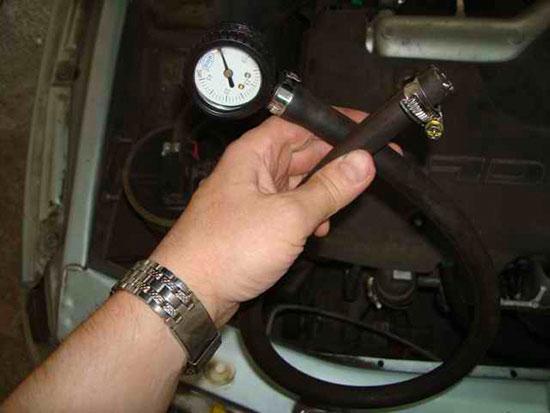 Самодельный прибор для измерения давления в топливной рампе