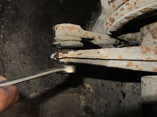 Самостоятельная замена рулевых наконечников ВАЗ 2110