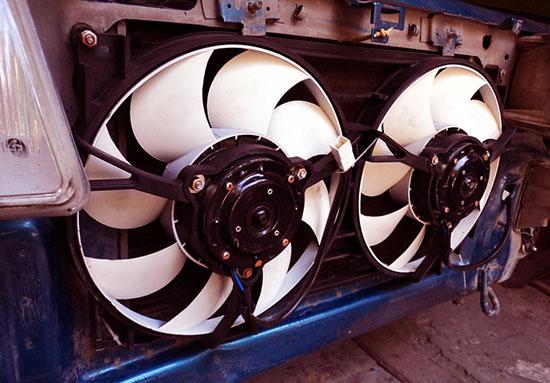 Не включается вентилятор радиатора охлаждения — причины, поиск неисправностей
