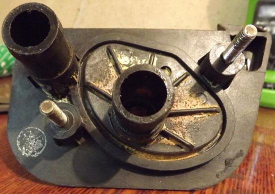 Старый кран отопителя