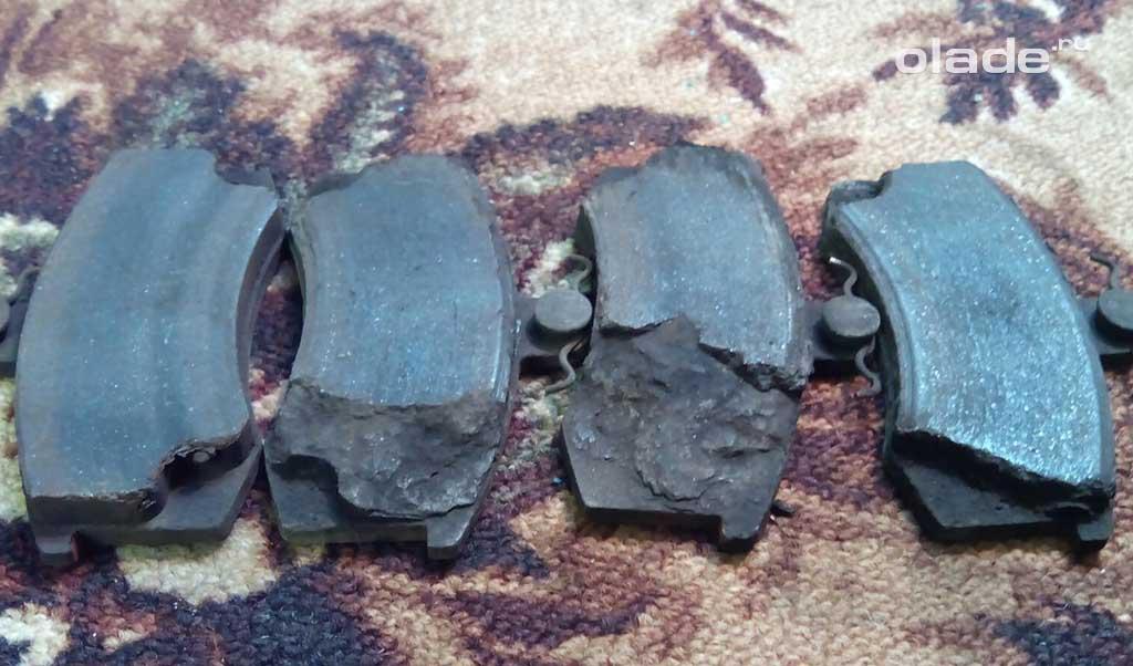 Замена тормозных колодок на Ладе Гранта