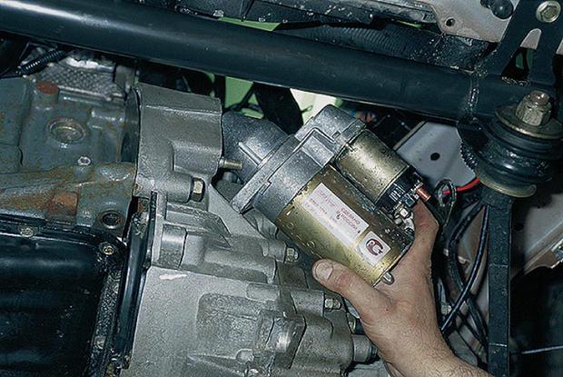 Как снять стартер ВАЗ 2110. Замена стартера ВАЗ 2110 своими руками