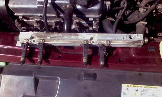 Демонтируем топливную рампу ВАЗ 2115-2114