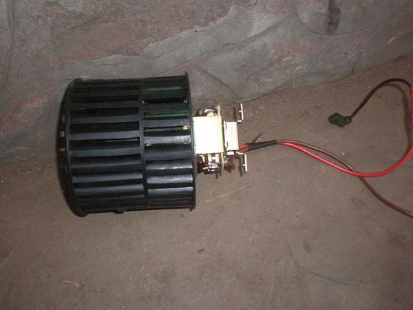Мотор отопителя 2108