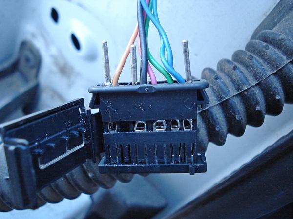 Подключение проводов к стандартной проводке