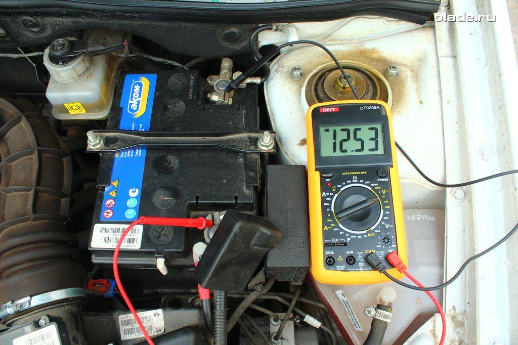 Проверка аккумулятора и генератора мультиметром (фото 4)